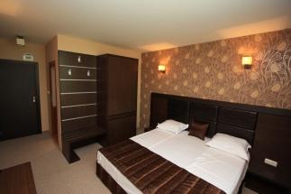 Спалня6
